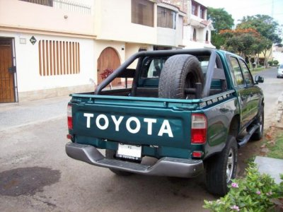 venta de camioneta toyota hilux 4x4 de 1998_