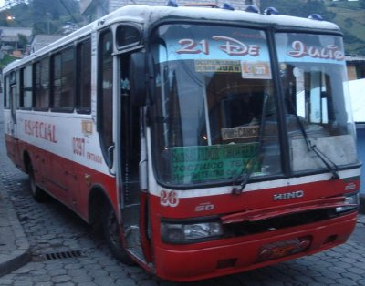 vendo bus hino gd 2001 carroceria herrera 25000 negociables_
